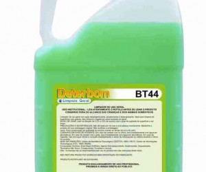 DETERGENTE  AMONIACAL BT44 5LT